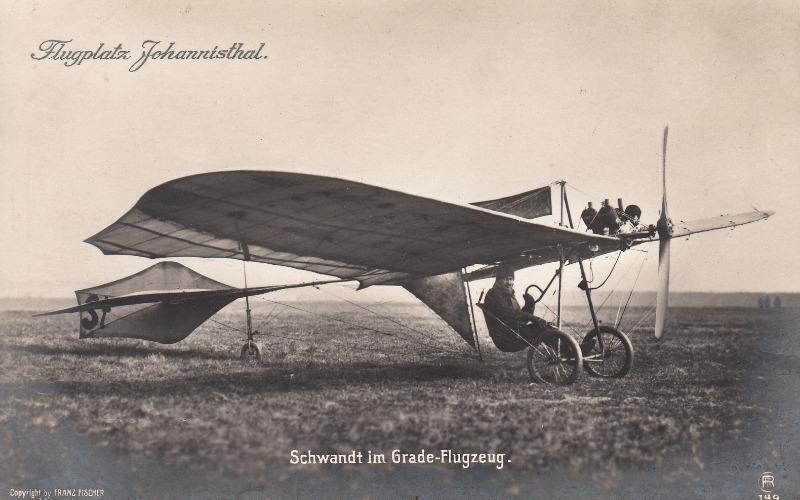 SchwandtimGrade-FlugzeugVerlagW.SankeBerlin_0001.jpg